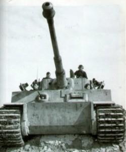 Fotos de Tiger I iniciales realizadas en febrero de 1943, en el Frente del Este.